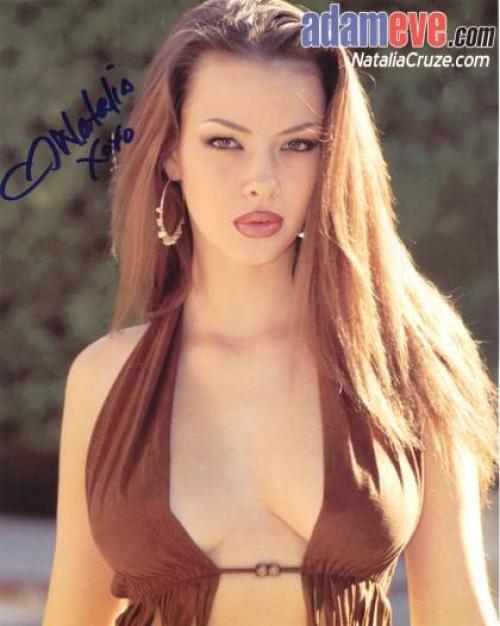 Natalia Cruze 9
