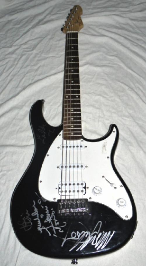 fleetwood mac signed electric guitar coa. Black Bedroom Furniture Sets. Home Design Ideas